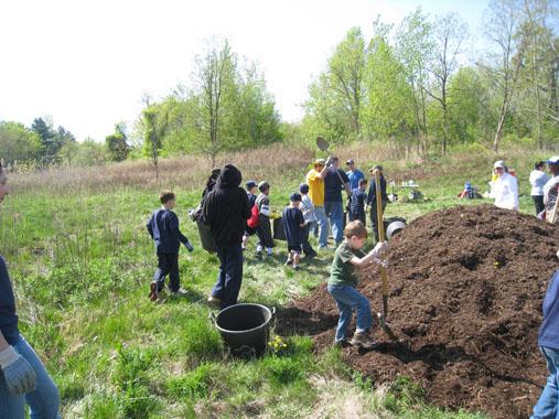 Earth Day Volunteer