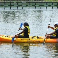 NYC Parks Commissioner Mitchell J. Silver kayaks with his wife. (Photo: Malcolm Pinckney, NYC Parks)