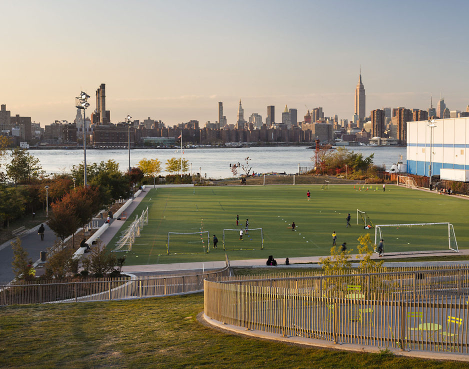 Bushwick Inlet Park. Photo by Paul Warchol.